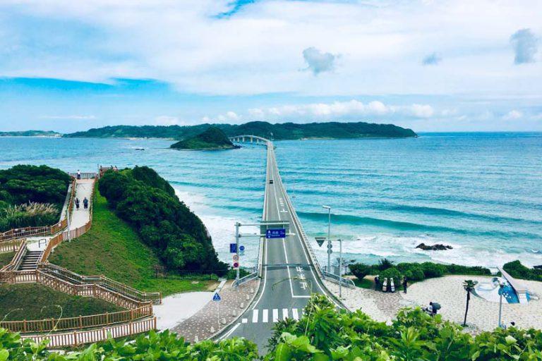 山口県の絶景!角島大橋と元乃隅神社ドライブの旅
